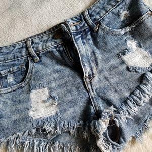 Bullhead Medium Wash Distressed Shorts